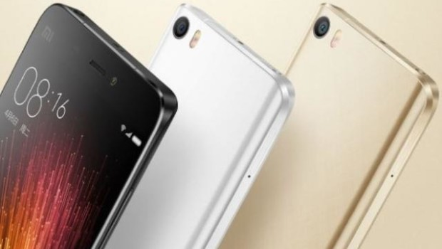 Xiaomi Curved-Edge Screen Smartphone With Snapdragon 823, 6GB RAM
